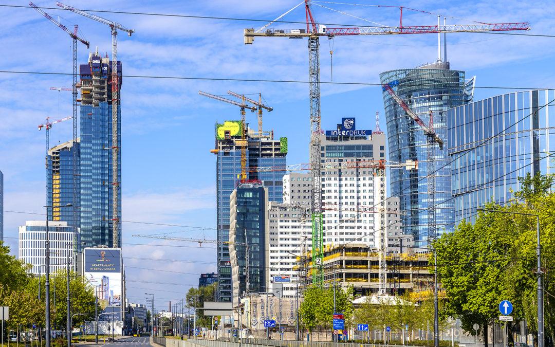 City under the cranes